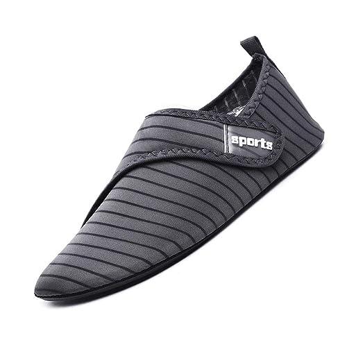 APTRO Women//Mens Water Shoes Quick Dry Non Slip Barefoot Aqua Socks for Beach Walking Snorkeling Kayaking Yoga Swimming Shoes